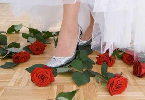 Приметы после свадьбы