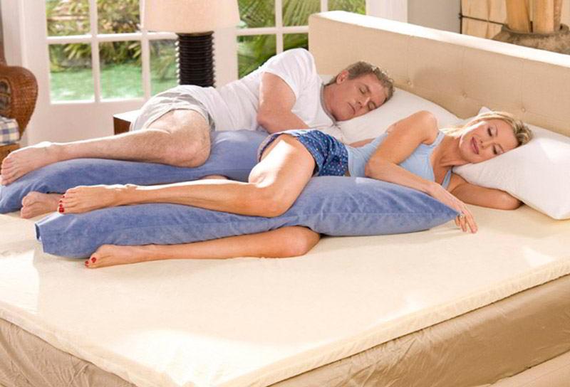 Как правильно спать на подушке?