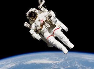 Необходимые в космосе специальности